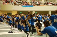 観客席には「東萌ビューティーカレッジ」の横断幕!みんなを応援しています!!